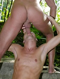 Outdoors: Young blond twink gets a hard, open-air fucking & hot, sticky facial!