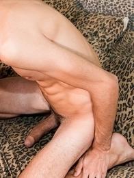 Paul  Delay invites Leo Fontaine to fuck him.